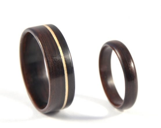 Ebony Infinity Wedding Ring Set - right side