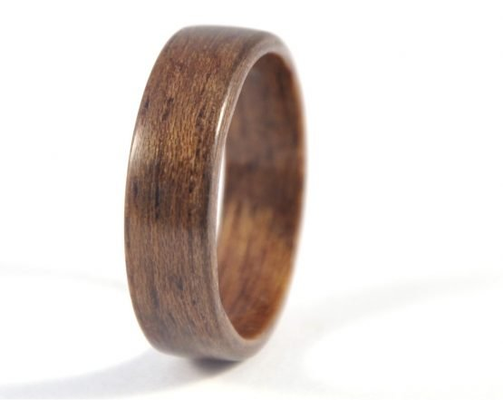 Queensland walnut wood ring - left side