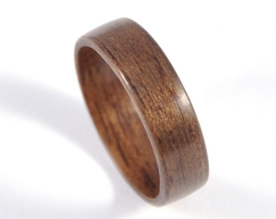 Queensland walnut wood ring - from top